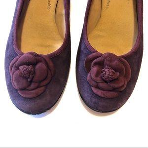Softspots Plum Flower Top Kitten Heel [8]